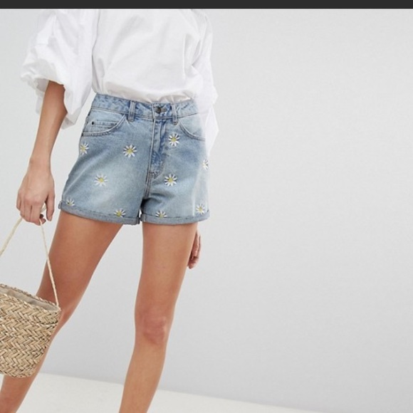 14f0f2b81 ASOS brand vero moda vintage style daisy shorts L